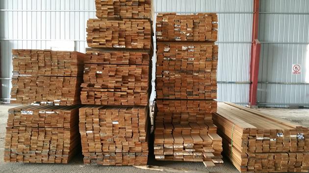 2天然防腐木硬木板材6