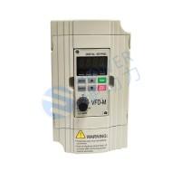 单三相0.7KW 220V硬动力500系列无感矢量控制变频器